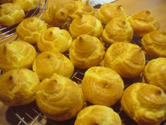 Pasta choux Snack Recipes, Snacks, Cake Cookies, Cupcakes, Scones, Macarons, Nom Nom, Chips, Peach