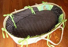 HomeSpun-Threads: Making a Cover for a Moses Basket