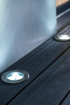 Illuminez votre extérieur en choisissant des spots à encastrer. #castorama #inspiration #decoration #ideedeco #tendancedeco #jardin #exterieur #amenagement #spot #lumiere  #terrasse