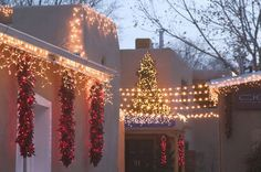 santa fe christmas decorating | Santa Fe: Canyon Road Gallery District Gallery Lights Evening / Gipsy ...