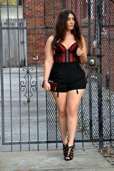 Curvy girl in short skirt hope