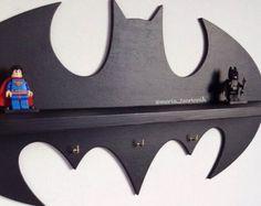 """Houten plank """"Batman"""" (17,7 in x 9,5 in) + 3 haken"""