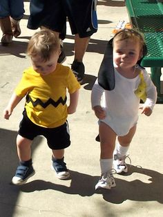 Charlie Brown and Snoopy, twin costumes
