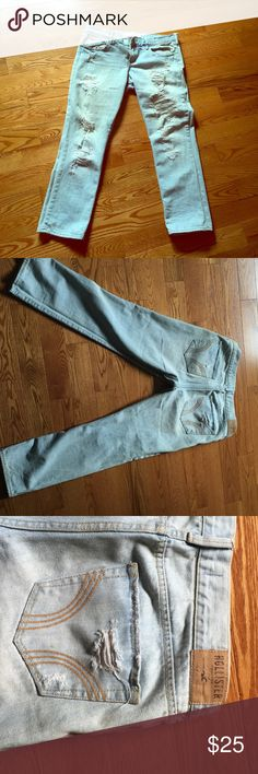 Hollister women jeans Hollister women jeans  Size W30 Used  Before $60 now $25 Hollister Jeans Straight Leg