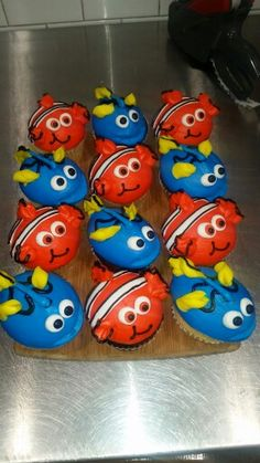 Nemo and Dory cupcakes