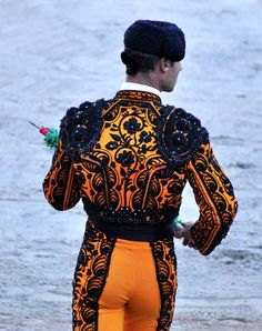 matador bulge: 14 thousand results found on Yandex. Matador Costume, Male Fairy, Bull Painting, Mexico Fashion, Fashion Art, Mens Fashion, Moda Vintage, Fantasy Costumes, Belly Dance Costumes
