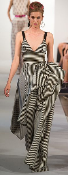 oscar de la renta s/s 2013 Love that the stripes go down....its so slimming yet different