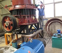 Cone crusher workshop assembly site