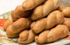 Η συνταγή είναι της κ. Ζωής Φίφα από τη βόρεια Εύβοια. Τα κουλουράκια αυτά είναι μια συνταγή της μητέρας της, για την οποία, όπως λέει, τρελαίνονται οικογενειακώς. «Γίνονται πολύ εύκολα και είναι νοστιμότατα και θρεπτικά». Sweet Potato, Potatoes, Vegetables, Food, Potato, Essen, Vegetable Recipes, Meals, Yemek