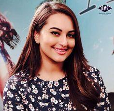 Sonakshi Sinha pretty smile