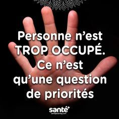 Fabriquer sa décoration de Noël avec les enfants This would be cute & easy to do on something small. Best Quotes, Love Quotes, Inspirational Quotes, Quote Citation, French Quotes, Motivation, Positive Attitude, Sentences, Quotations