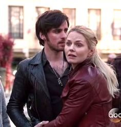 Colin O'Donoghue - Killian Jones -Captain Hook - Jennifer Morrison - Emma Swan - Once Upon A Time S5