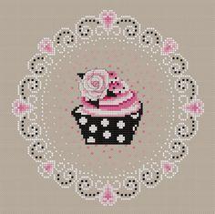 Grille point de croix - Cupcake fraise II - Le Boudoir Brodé