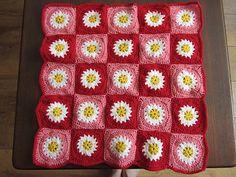 Ravelry: Daisy Doll Blanket Square pattern by Barbara de Bruin-Karnekamp