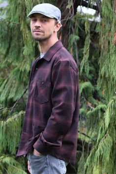 This overshirt sewing pattern from Wardrobe By me is a shirt jacket pattern inspired by work-wear or the boxy Lumberjack shirt. Mens Sewing Patterns, Vogue Patterns, Vintage Patterns, Crochet Patterns, Sewing Magazines, Origami Fashion, Fashion Details, Fashion Fashion, Jacket Pattern