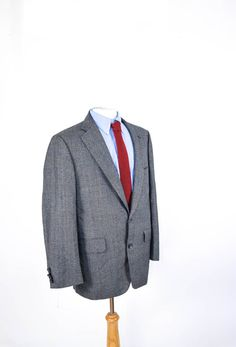 a5d0e1e010fe9 Norman Hilton Sport Coat | Men's Vintage Jacket | Two Button Gray Wool  Glenplaid | Suit Jacket | 40R