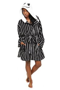 f5068c667 Amazon.com: The Nightmare Before Christmas Jack Hooded Robe Size : Small /  Medium: Clothing