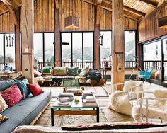 Ein Holzhaus in den franzöischen Alpen