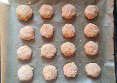 Fašírky z červenej šošovice pečené na plechu, Hlavné jedlá, recept | Naničmama.sk Muffin, Breakfast, Food, Morning Coffee, Essen, Muffins, Meals, Cupcakes, Yemek