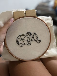 Most current Totally Free Embroidery Designs monogram Ideas Embroidery Flowers Pattern, Simple Embroidery, Learn Embroidery, Embroidery Patterns Free, Shirt Embroidery, Hand Embroidery Stitches, Modern Embroidery, Embroidery Hoop Art, Hand Embroidery Designs