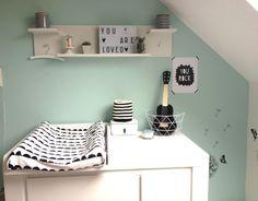 Stoel In Babykamer : Stoel in babykamer good perfect kleine babykamer rechtenvrij with