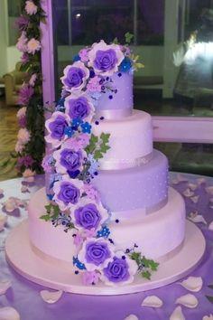 Tortas de matrimonio en Lima. Flores en alto relieve de Dul & Pas | Foto 26