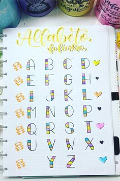 Best Bullet Journal Font Ideas For Inspiration In 2020 - Crazy Laura - - If you want to change up the look of your spreads but don't want to completely change your theme, check out the best bullet journal fonts for inspiration! Bullet Journal Alphabet, Bullet Journal Banner, Bullet Journal Lettering Ideas, Journal Fonts, Bullet Journal Notebook, Bullet Journal Ideas Pages, Hand Lettering Tutorial, Hand Lettering Alphabet, Alphabet Fonts