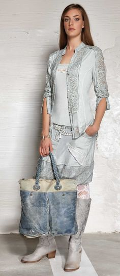 Item 60 - SUCH A GLORIOUS OUTFIT WHICH IS READY FOR ANY OCCASION!! - THE BEAUTIFUL BLUE, THE BAG & ACCESSORIES ALL WORK SO WELL TOGETHER TO 'MAKE' THIS OUTFIT!