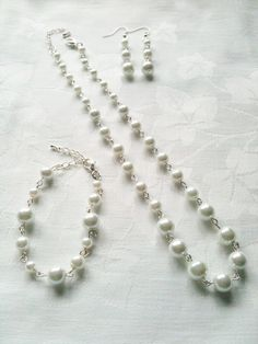 White Bridesmaid Jewelry Set White Bridesmaid by InfinityByClaire, £12.00