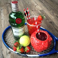 Foodie Quine: Game, Set & Match - Gin, Strawberry & Cranberry Cocktail