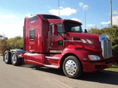 "Our featured truck is a 2009 Kenworth T660, Cat C15/475 Engine, 13 Speed Transmission, 72"" Raised Roof Sleeper, A/C, Engine Brake, Air Brakes, 22.5 Tires, 228"" WB. Check out this week's recently added trucks at http://www.nexttruckonline.com/trucks-for-sale/All-Categories/All-Makes/All-Models/results.html?days_old-max=7"