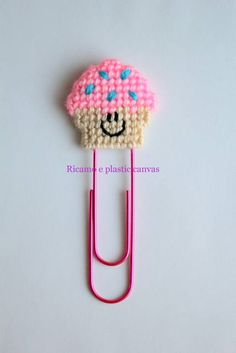 Clip con Cupcake rosa, planner accessori, segnalibro con cupcake, graffetta con cupcake, decorazione per agenda, regalo per lettori by Ricamoeplasticcanvas on Etsy