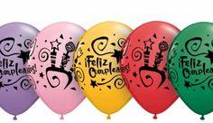 Una melodía interpretada por mariachis, otra de las felicitaciones más divertidas que puedes encontrar con unas imágenes geniales.