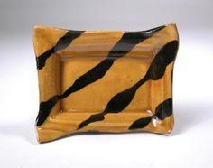 Richard Parker NZ Pottery Plates, Ceramic Bowls, Trays, Pots, Ceramics, Tableware, Home, Ceramica, Pottery