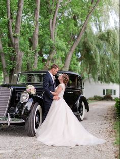 Classic car bride & groom by kenwhite2000
