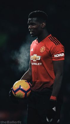 Manchester United Players, Soccer Pictures, Football Is Life, Paul Pogba, English Premier League, Football Wallpaper, Man United, Best Player, Football Players