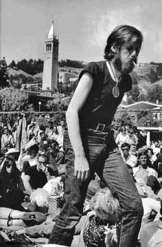 Campus protest, Berkeley, California, 1965 by Wayne Miller