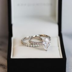 Pear shaped diamonds are at the top of everyone's list. This gorgeous bespoke #bridal set features a 2.02ct lab grown center stone set in white gold. If you've got your eye on a certain style, our talented Concierge team will help you bring it to life. Get started at the link in our bio now.