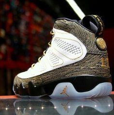 Air Jordan 9 Retro Custom #fashion #nike #shopping #sneakers #shoes  #basketballshoes #airjordan #retro