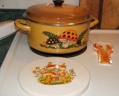 Merry Mushroom Pot, Mushroom Burner Cover and Lucite Fern Spoon Holder by 2mnedolz, via Flickr