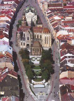 Aerial view of Saint Michael's Chapel and Hlavná Street, Kosice, Slovakia. Places In Europe, Places To Travel, Places To See, Beautiful Sites, Beautiful Places, Roads And Streets, Monuments, Bratislava Slovakia, Gothic Cathedral