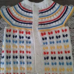 Sweaters, Fashion, Moda, Fashion Styles, Pullover, Fasion, Fashion Illustrations, Sweater, Sweatshirts