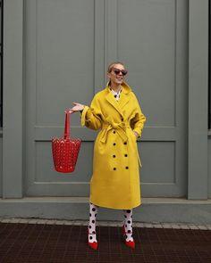 Spring April Outfit Ideas Instagram Fast Fashion, Look Fashion, Winter Fashion, Womens Fashion, Curvy Fashion, Atlantic Pacific, Atlantic Ocean, Pacific Ocean, Yellow Fashion