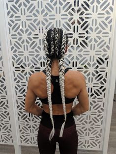 White braid extensions, four braids into two extra long and thick braids # long Braids with extensions Four Into Two With With Extensions # boxer Braids kanekalon # boxer Braids kanekalon Four Braid, Two Braids, Braids For Long Hair, Cornrows Braids White, Summer Braids, Short Hair, Sporty Hairstyles, Side Braid Hairstyles, Trending Hairstyles