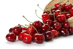 3 Reasons to Eat Cherries this summer! A perfect snack packed with antioxidants #snacks #fruit