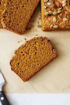 Vegan Pumpkin Bread made with simple ingredients from your pantry, comes together easily and bakes up beautifully! Perfectly moist and flavorful, it's healthy, dairy-free, eggless, and uses 1 whole can of pumpkin puree - but most importantly it's delicious!. #recipe #healthy #plantbased #vegan #fall #pumpkin #healthyrecipes #veganrecipes #bread #cleaneating