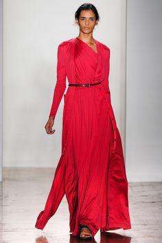 La robe sanguine du défilé Costello Tagliapietra à New York