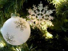 Decoration Room Reservation, New Years Eve, Christmas Bulbs, Sparkle, Decoration, Holiday Decor, Castle, Home Decor, Decor