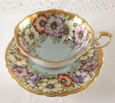 Stunning Poppies Paragon china tea cup and saucer. China Cups And Saucers, China Tea Cups, Teapots And Cups, Teacups, Vintage Tea, Vintage China, Cuppa Tea, Tea Art, My Cup Of Tea
