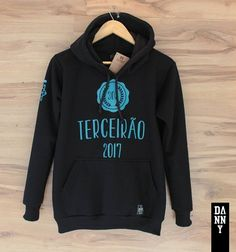 Hoodies, Sweatshirts, Graphic Sweatshirt, Logos, School, Sweaters, Clothes, Fashion, Hooded Sweatshirts